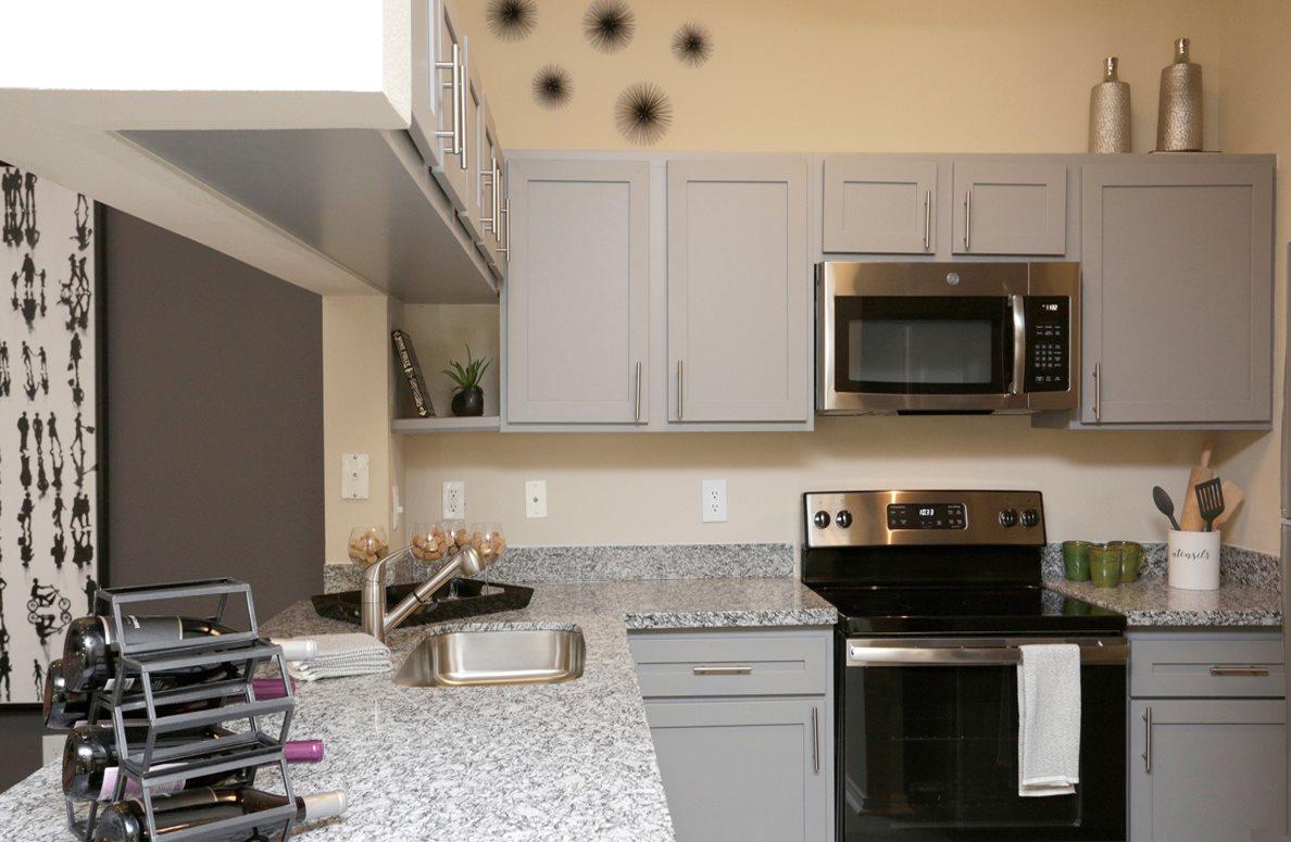 Kitchen Makeover Gallery 32